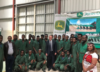Kegna Assemblly technicians with Ambassader, Shashemene